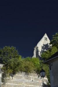 Beaumont-le-Roger-abbaye-vue-du-bas-200x300