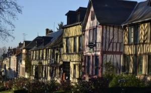 Le-Bec-Hellouin-le-village-300x186