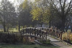 Serquigny-la-passerelle-du-parc-300x200