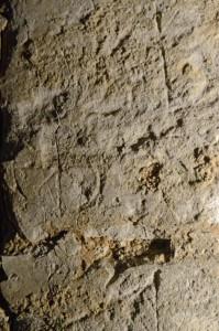 croix-sur-pierre-199x300
